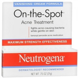 Neutrogena En el terreno del tratamiento del acné de fuga Cream Fórmula 075 oz (Pack de 2)