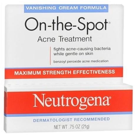 Neutrogena En el terreno del tratamiento del acné de fuga Cream Fórmula 075 oz (Pack de 3)