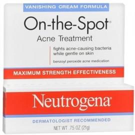 Neutrogena En el terreno del tratamiento del acné de fuga Cream Fórmula 075 oz (Pack de 4)