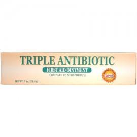 En primer antibiótico triple ungüento Ayuda 1 oz